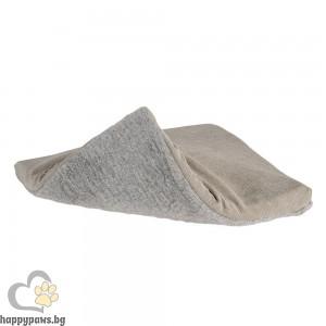 Ferplast Tulip Cat igloo bed small - мека къщичка от плат 35 / 30 / 25 cm.